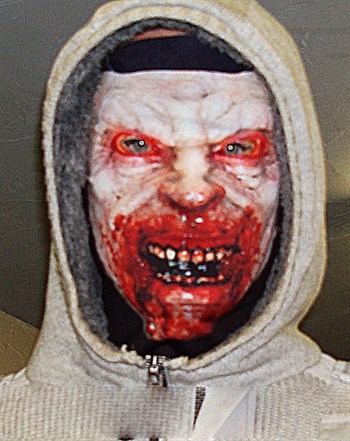 Голодный зомби - фото 18090