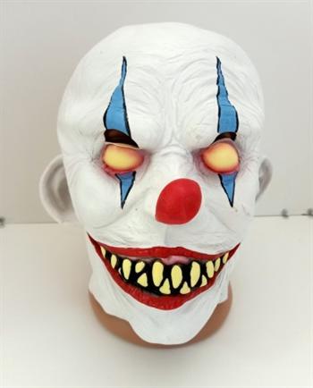 Злой белый клоун - фото 37019